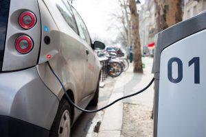 Capacidade das baterias devem determinar a expansão dos elétricos. (Foto: Håkan Dahlström/Flickr-CC)