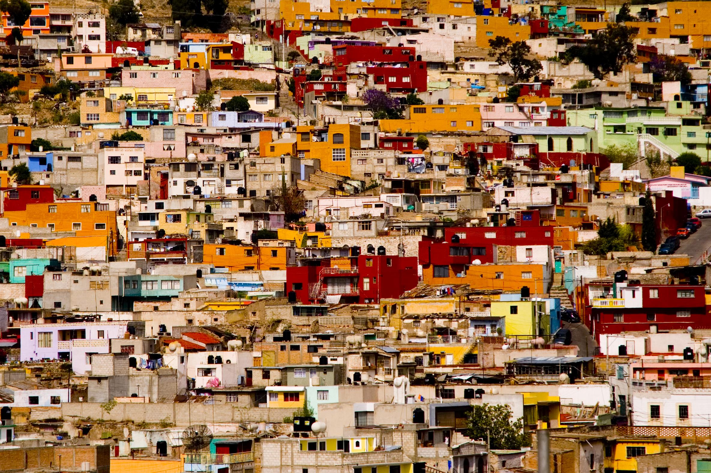 Favela em Pachuca, México - (GoVeganGo - WikiCommons - CC)