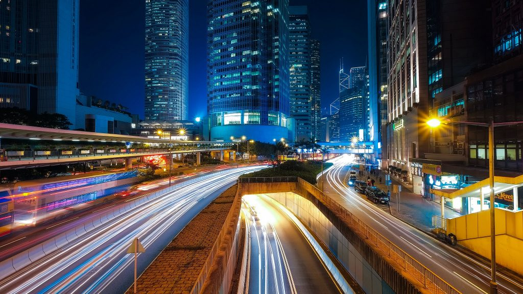São claras as oportunidades para integrar os novos serviços de mobilidade aos já existentes sistemas de transporte urbano. (Foto: Wall Boat/Flickr)