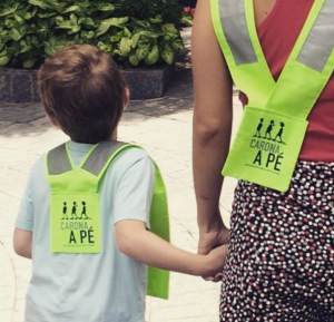 O Carona a Pé busca incentivar o transporte a pé especialmente na comunidade escolar. (Foto: Carona a Pé)